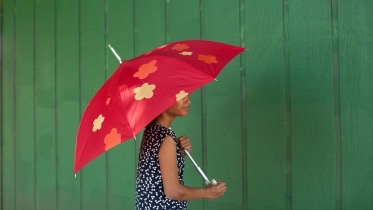 Lady with red umbrella