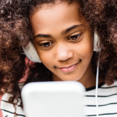 "Techie Tween Gift Ideas that Will Up Your ""Cool Parent"" Status"