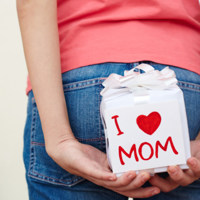 Big List of Tech Gifts for Mom